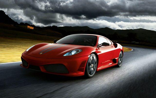 Windows-10-wallpaper-Red-Ferrari
