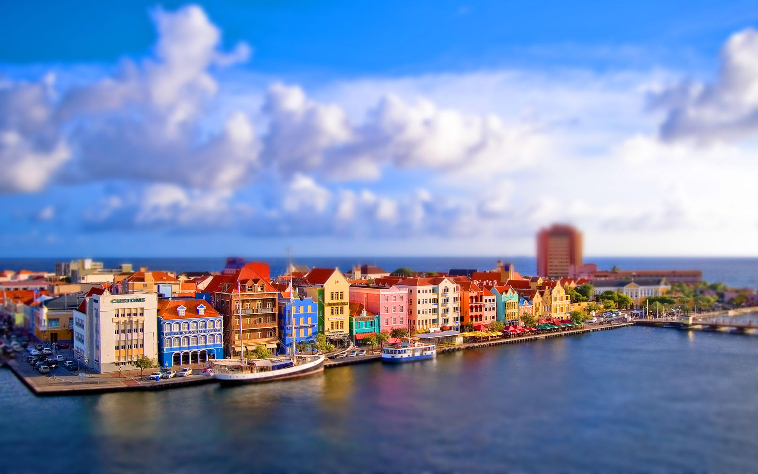 Windows 10 Wallpaper Paradise City